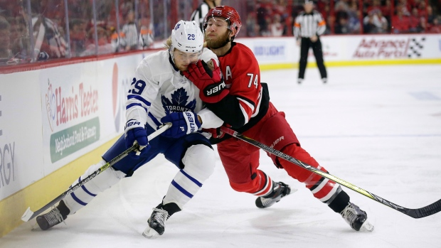 Maple Leafs vs Hurricanes