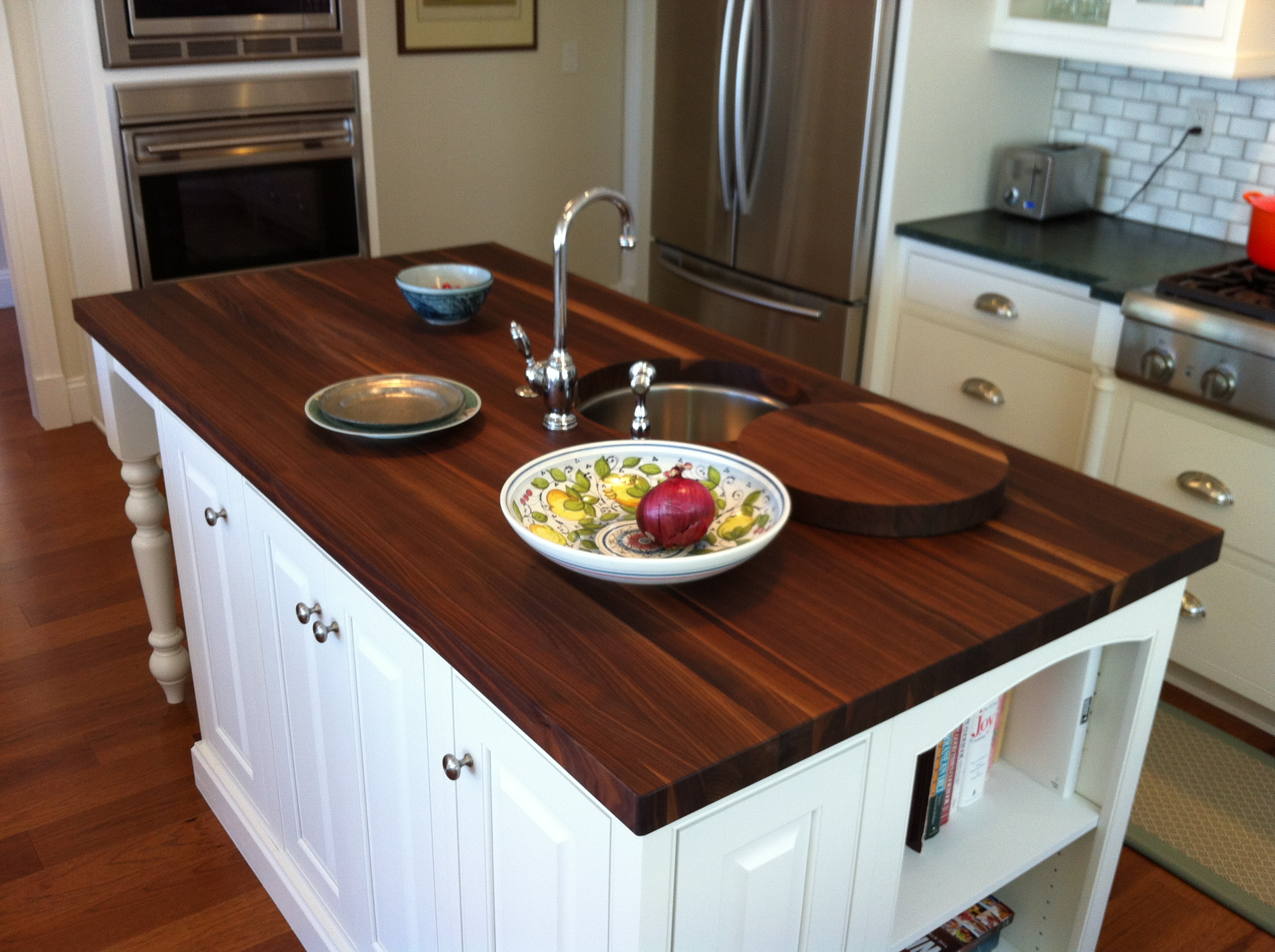 flooring and countertops inexpensive kitchen countertops best images about flooring and countertops on Pinterest Islands Alicante and Soapstone