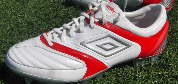 Umbro-Stealth-Pro close up