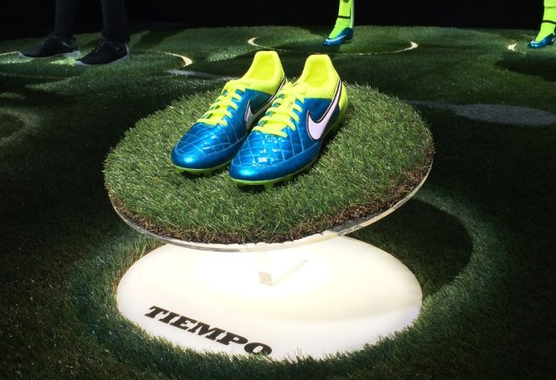 Nike Tiempo World Cup Pack