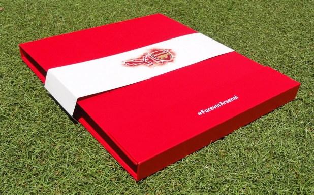 Arsenal Jersey Presentation Case