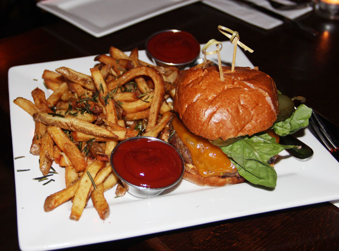 New-Yorks-best-burgers--Dining-Magazine