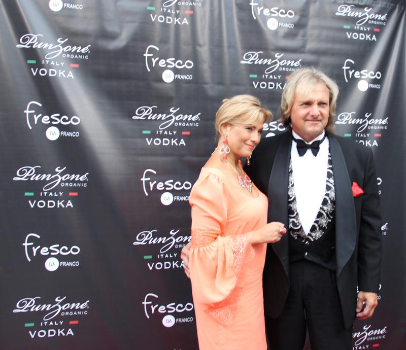 Celebrity-Red-Carpet_fresco-da-franco_dining_PunZone-(10)