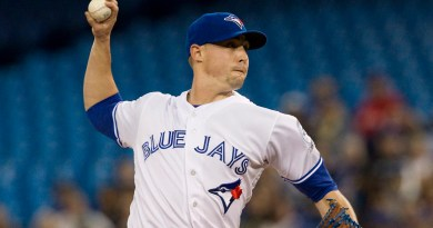 Sanchez, Cecil on opposite ends of spectrum in Blue Jays loss