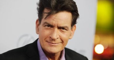 Charlie Sheen under investigation by Los Angeles police!