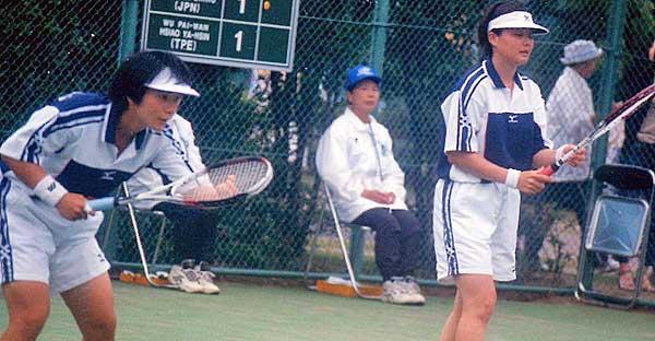 2001東アジア競技大会(大阪)での水上・八谷。この大会日本は6種目中5種目に優勝している。