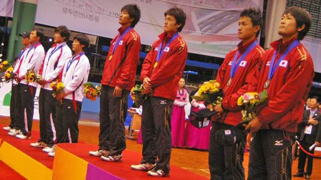 画像はいずれも前回世界選手権ダブルスより(2011韓国ムンギョン)。男女とも日本のワンツーフィニッシュ