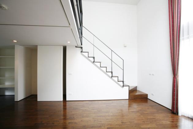 Urban_wood_apartment_1_18