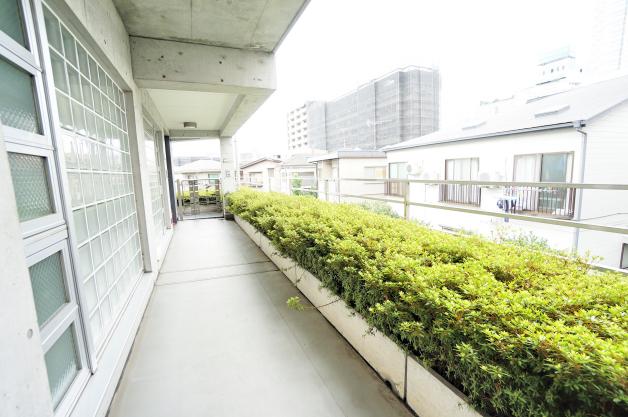 iida_annex7-202-entrance-01-sohotokyo