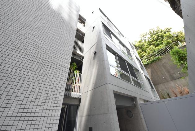 courtmodeliaroppongi-105-facade-01-sohotokyo
