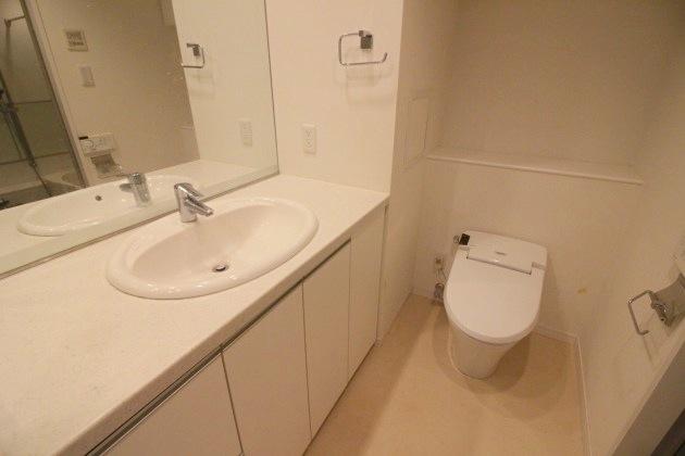 fujimieast_505-toilet1-sohotokyo 2