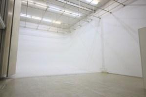天高6m超の大空間。地下居抜きフォトスタジオ。
