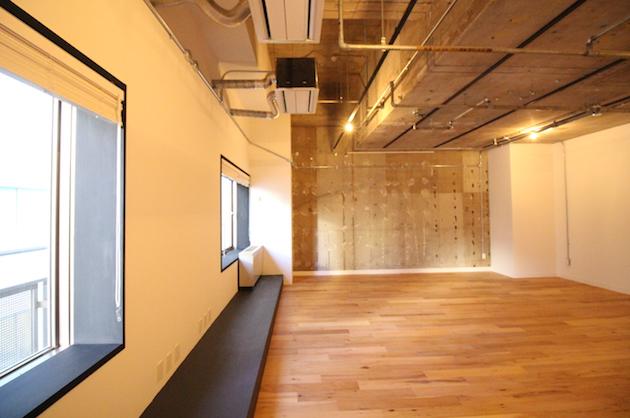 麹町のリノベオフィス、WORKとHOTELの融合