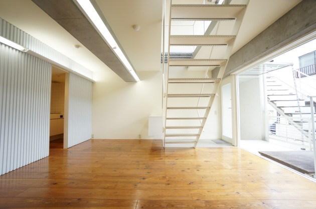 富ヶ谷エリア。直アプローチ可能なデザイン空間。