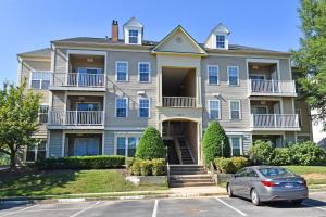 Summerhouse Woodbridge VA Condo For Sale
