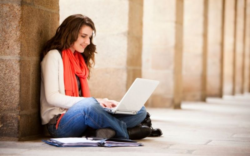 Assigning Essay Writing Task to Your Students? Also Recommend These Useful Tools