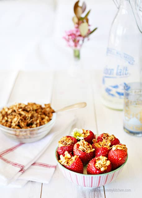 granola stuffed strawberries
