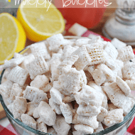 #Pink #lemonade muddy buddies are a perfect spring and summer time treat! And super easy to whip up with #duncanhines Frosting creations! www.somethingswanky.com