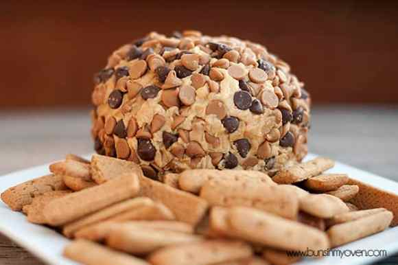 peanut-butter-cheese-ball