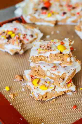 Reeses-Pieces-White-Chocolate-Bark-4