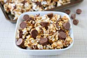 Reeses-peanut-butter-popcorn32.peas