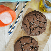 Sea Salt & Olive Oil Brownie Cookies | www.somethingswanky.com #olivari