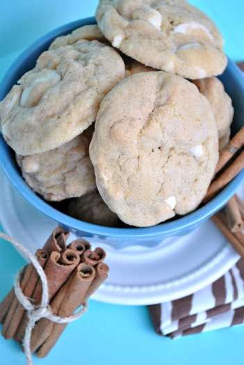 White Chocolate Snickerdodle Pudding Cookies