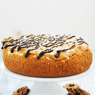 Samoas Cheesecake | www.somethingswanky.com