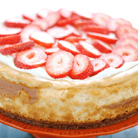 New York Style Cheesecake | www.somethingswanky.com