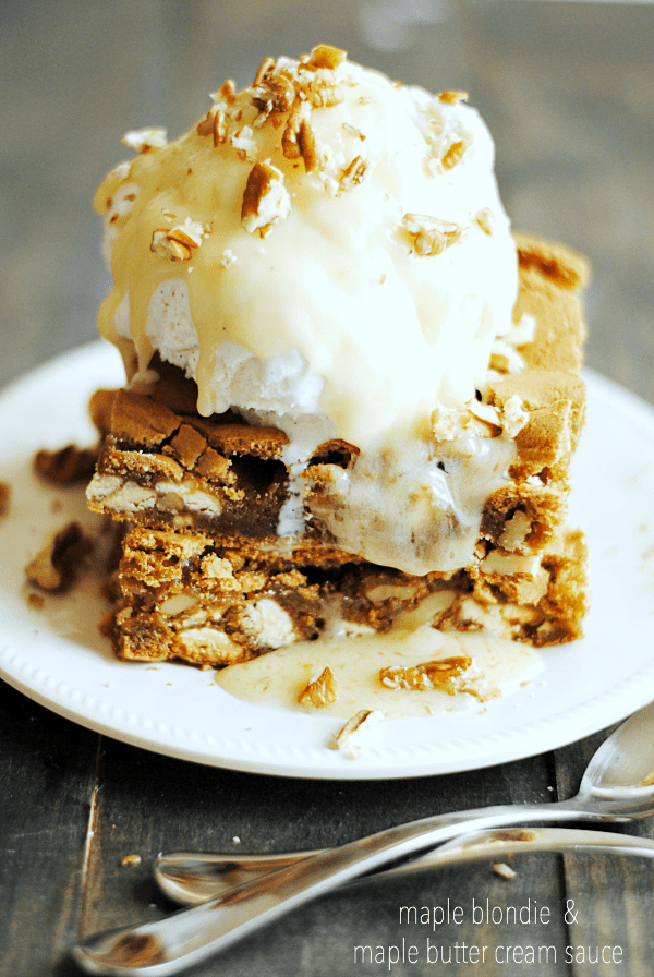 Maple Blondies with Maple Butter Cream Sauce, just like Applebee's ...