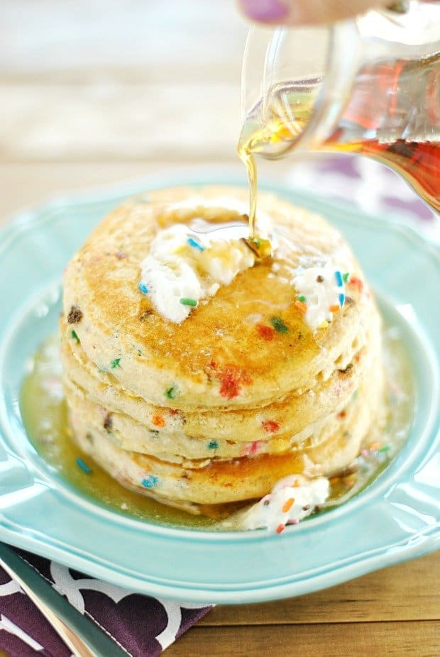 Skinny Funfetti Buttermilk Pancakes (Gluten Free option ...
