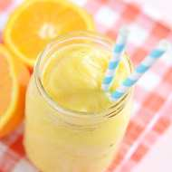 Pineapple and creamy orange goodness come together in this simple and healthy smoothie.