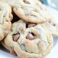 Hershey's Classic Chocolate Chip Cookies