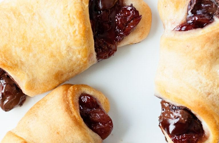 chocolate-cherry-croissants-feature