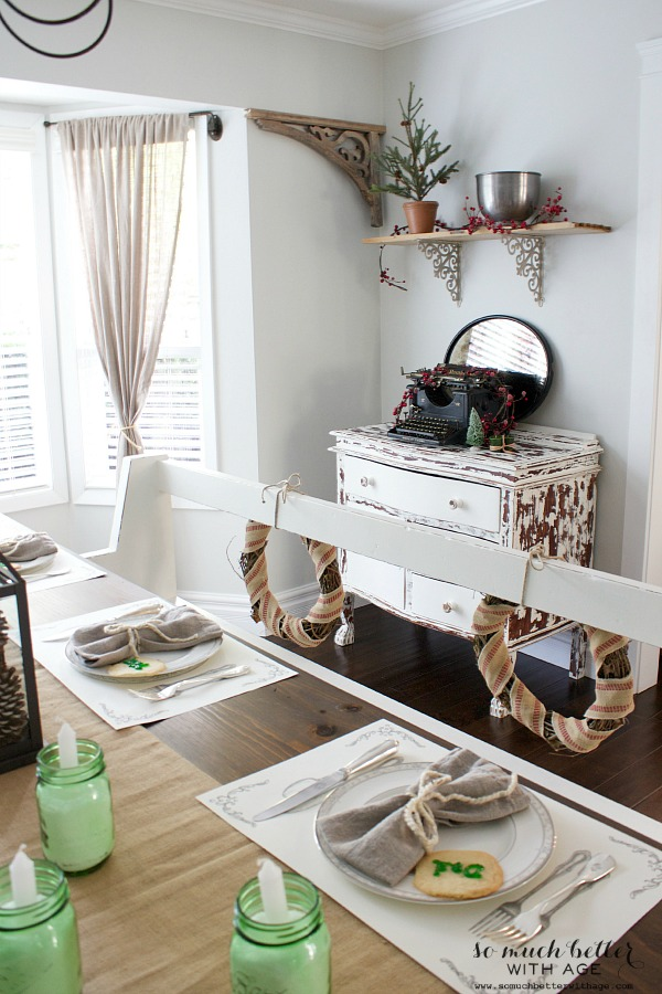 Christmas tablescape, white bench, old typewriter | somuchbetterwithage.com