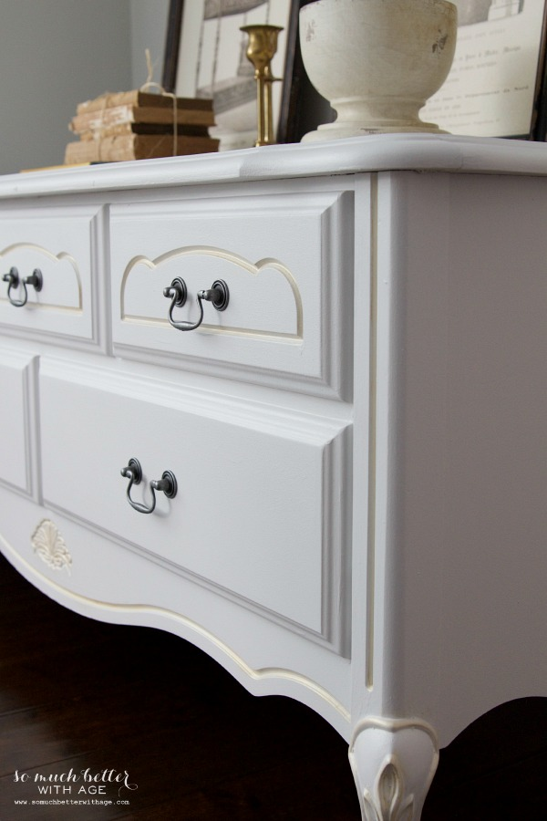 French hope chest makeover | somuchbetterwithage.com