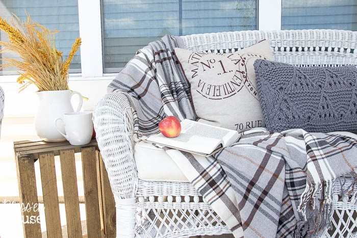fall-home-decor-fall-porch-decorating-with-pillows-wicker-sofa-blesserhouse