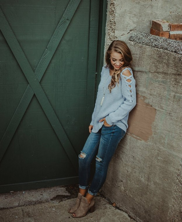fall and winter sweaters paired with jeans booties