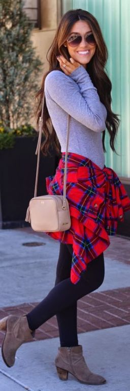 fall comfy outfit leggings with casual flannel