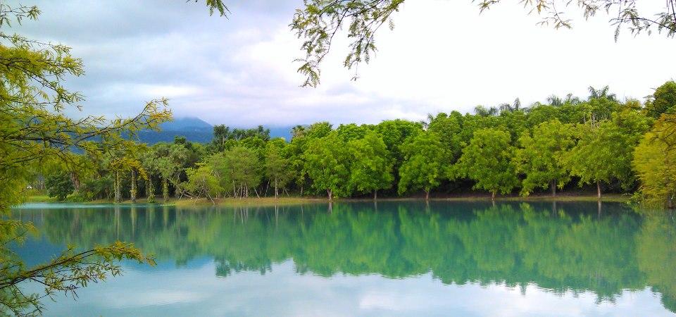雲山水人造湖-花蓮哪裡好玩