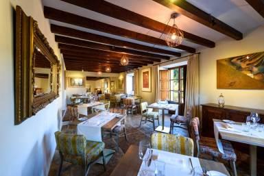 dining room hotel son grec