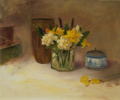 2015-20-Floral.Daffodils.Hale.Daffodils in Glass Vase