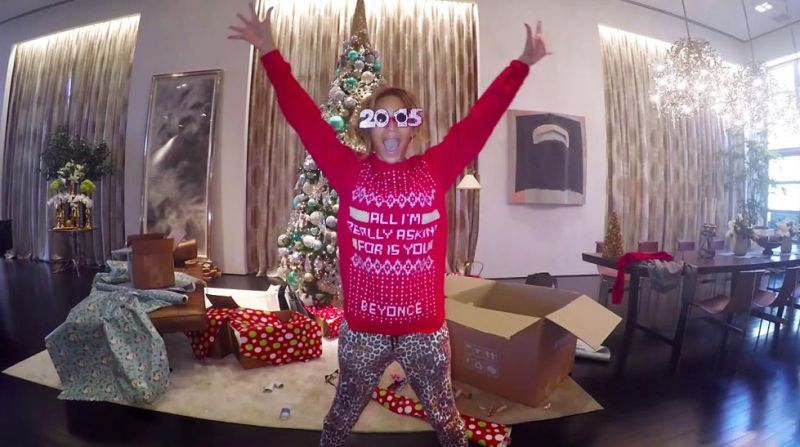 beyonce-711-christmas-sweater-mine-1416861718