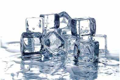 does-an-ice-cube-melt-faster-in-air-or-water
