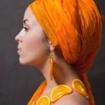 Ways to Tie a Head Scarf-Turban with a Twist