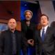Michael Stipe canta con Brian Eno y Stephen Colbert