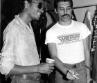 "Por fin puedes escuchar el dueto de Queen y Michael Jackson: ""There Must Be More to Life Than This"""