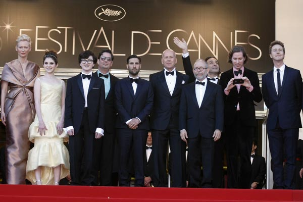 Tilda Swinton, Kara Hayward, Jared Gilman, Roman Coppola, Jason Schwartzman, Bruce Willis, Bob Balaban, Alexandre Desplat, Wes Anderson, Edward Norton, Bill Murray