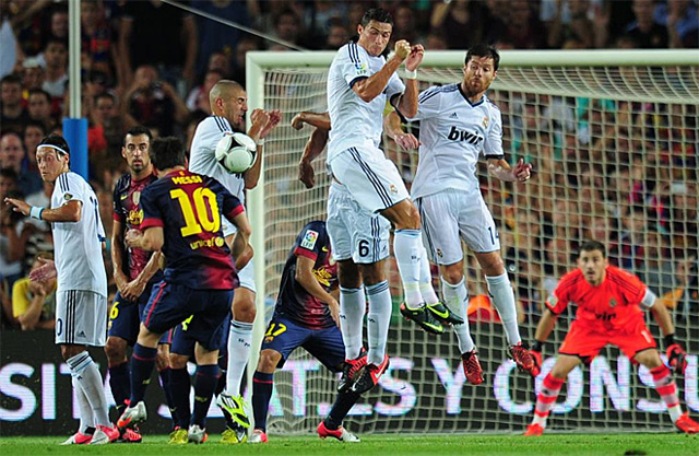 Barcelona-Real-Madrid-Supercopa-11