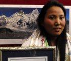 Montañista nepalí rompe récord Guinness en el Everest